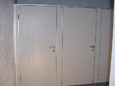 SES 28-TR - Sanitarne montažne pregrade